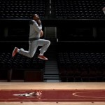 Foot Locker's parodie op Air Jordan's 'cinematic dunks'.