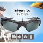 Een zonnebril met ingebouwde videocamera met hoge korting