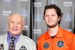 Jordi Ollebek en Buzz Aldrin